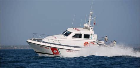 capitaneria di porto di anzio la capitaneria di porto di anzio soccorre imbarcazione in