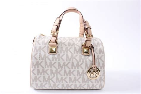 Daftar Tas Merk Michael Kors 66 best i tassen images on armani bags and handbags