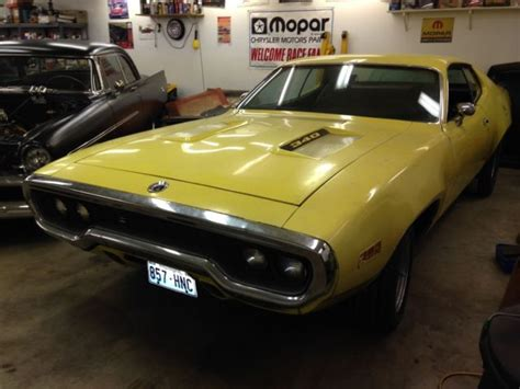paint with a twist plymouth 1971 plymouth roadrunner fy1 lemon twist a c