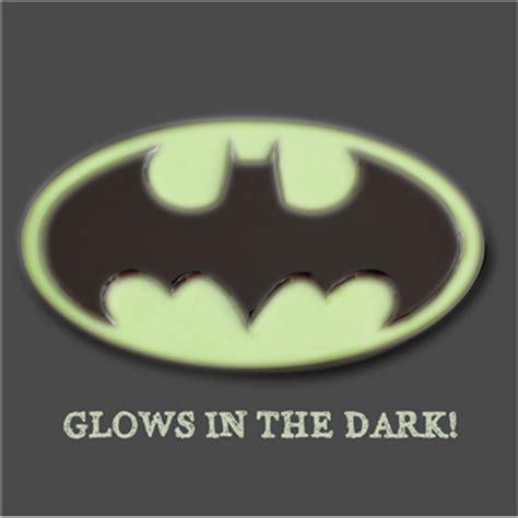 Kaos Logo Batman Glow In The batman bat logo glow in the metal belt buckle for only 163 18 90 at merchandisingplaza uk