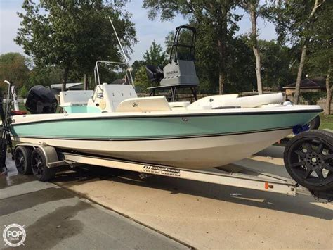 triton bay boats for sale 2006 used triton 240 lts bay boat for sale 33 500