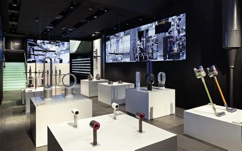 home technology store dyson opens first uk store on oxford street