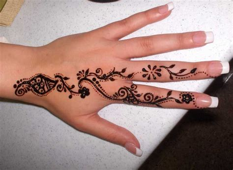 small hand tattoos pinterest henna designs for arabic beginners small