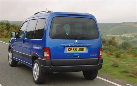 peugeot estate peugeot partner combi estate review 2001 2010 parkers