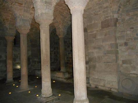 100 abbadia san salvatore pillars foto di abbazia san salvatore abbadia san