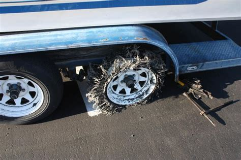 registering a boat trailer in maine would you pull a boat trailer with a flat tire