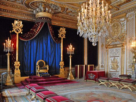 Room Wiki Throne Room