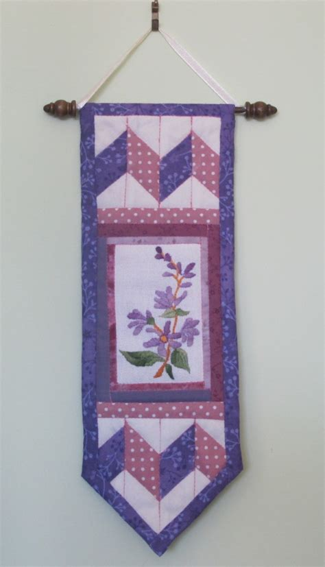Wall Mounted Quilt Hanger by Wood Wall Mounted Quilt Rack Thundering85dnj