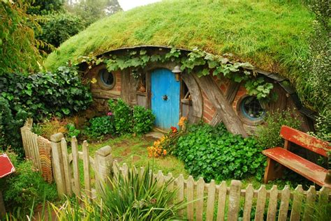 hobbit house new zealand hobbiton new zealand tour