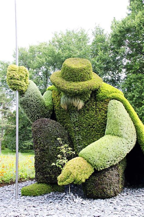 epic topiary garden art hedge trimming montreal