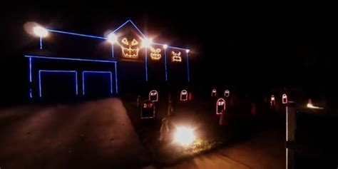 who sings every light in the house is on halloween house sings the fox by ylvis because treats not tricks huffpost