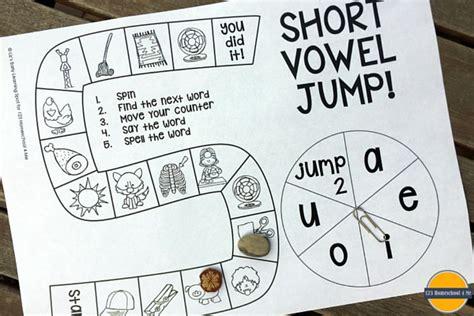 printable cvc board games free short vowel board game