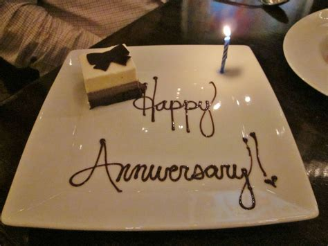 Wedding Anniversary Date Ideas by What To Gift Your On Your Anniversary