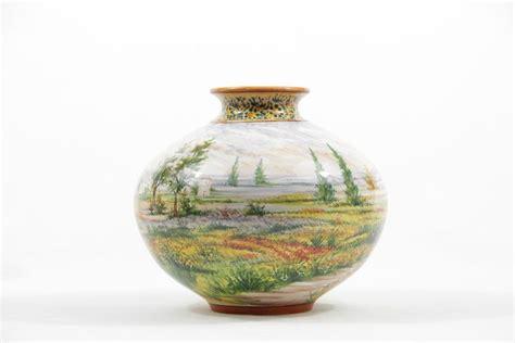 abruzzo vasi vaso in ceramica abruzzese paesaggio a colori liberati