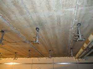 plafond suspendu partie 3 r 233 glage des suspentes et