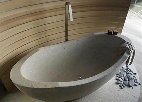 vasca da bagno interrata i vari tipi di materiali con cui sono fatte le vasche da bagno