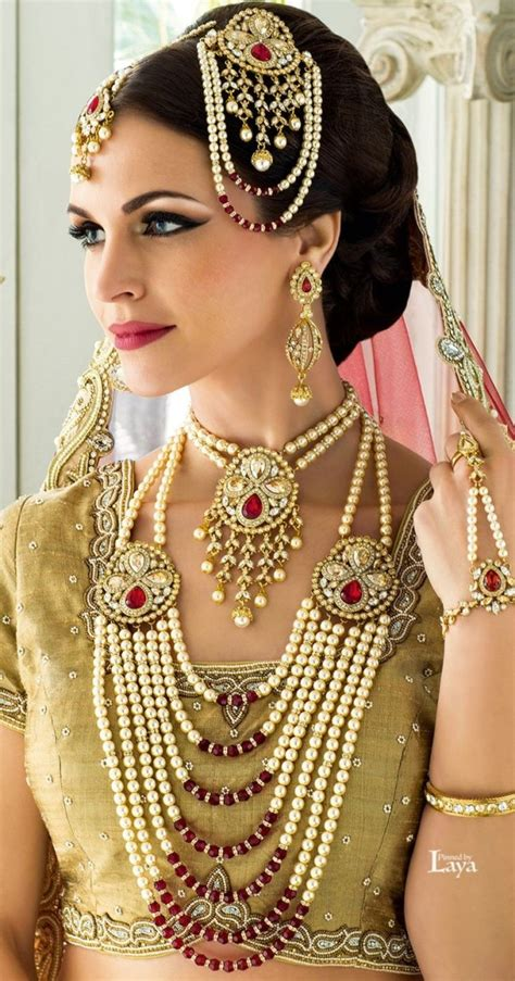 beautiful pakistani bridal gold jewellery sets