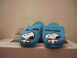snoopy bedroom 10 best images about bedroom slipper fun on pinterest sheep dogs golf style and