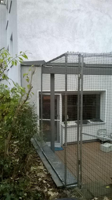 tür mit fenster katzengitter f 252 r terrasse terrassenvernetzung mit t 195 188 r