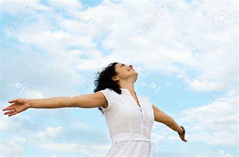 imagenes mujeres orando a dios oraci 243 n p 225 gina 2 ccfl jovenes