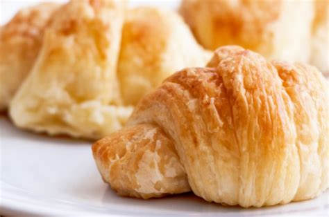 mini crescent rolls 6 crescent roll based dinners your family will devour