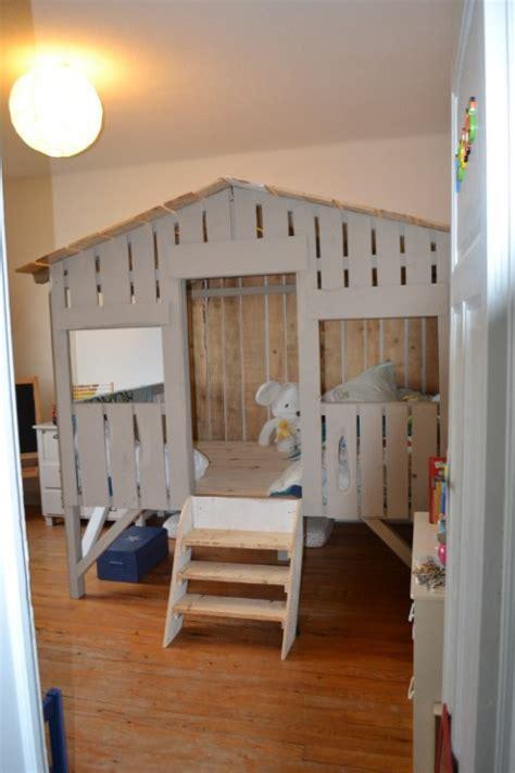 cabane pour chambre garcon bien choisir un lit cabane pour enfant habitatpresto
