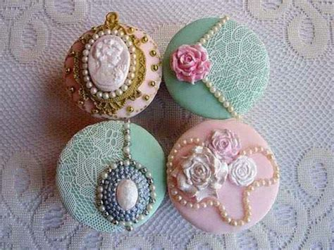 how to make edible jewelry for cakes jewelry cake edible jewellery cup cakes