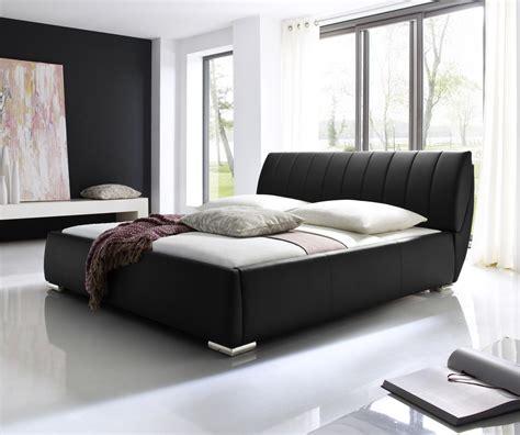 futon matratzen günstig wellenf 246 rmiges lederbett luxus leder bett schwarz wei 223 mit