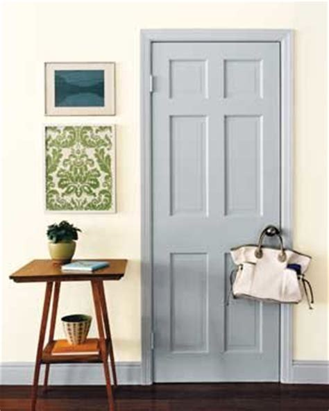 your decorating style defined real simple update your decor with easy paint projects real simple