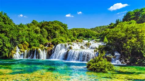 25 reasons why it s time you went to croatia