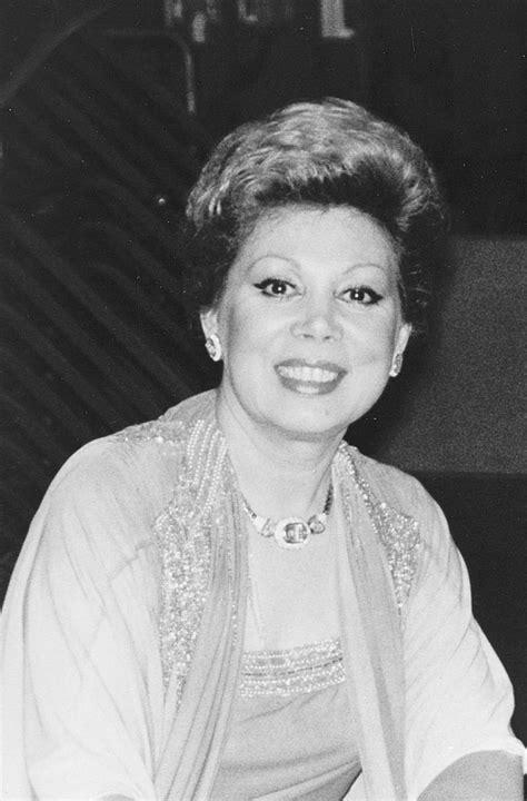 Mirella Freni (Soprano) - Short Biography [More Photos]
