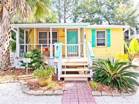 Great Paint Colors For Living Rooms - mellow yellow tybee island ga