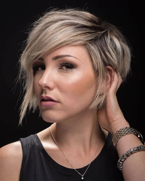 blonde haircuts round face 50 cute blonde short hairstyles for round faces nona gaya