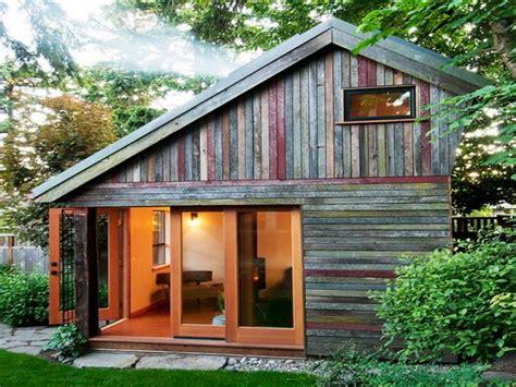 Backyard Guest Houses | backyard house tiny houses backyard guest house plans