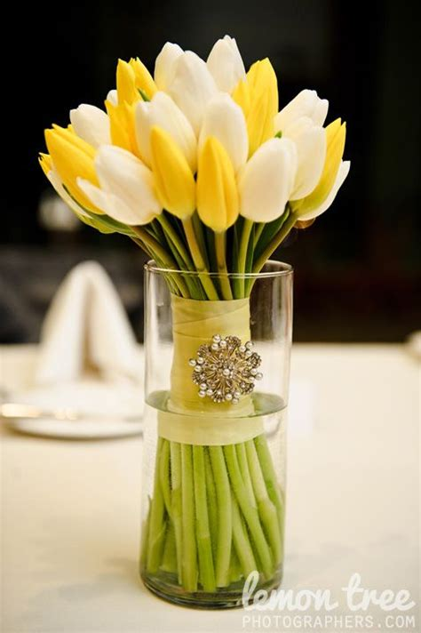 25 best ideas about tulip centerpieces on tulip centerpieces wedding tulip wedding