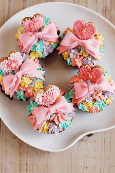 beautiful cupcake wedding cupcakes beautiful cupcakes 2071319 weddbook