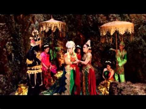 film ratu ular enny beatrice full download titisan ratu ular part 05