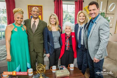 the facts of cast reunite on home family