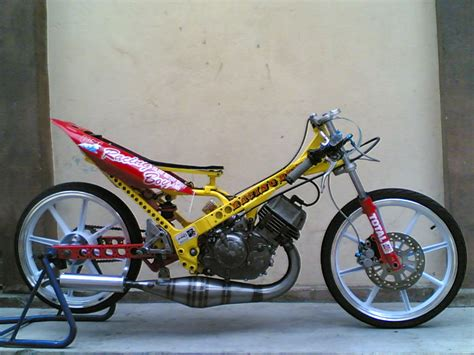 gambar motor 125zr yamaha 125zr image car interior design