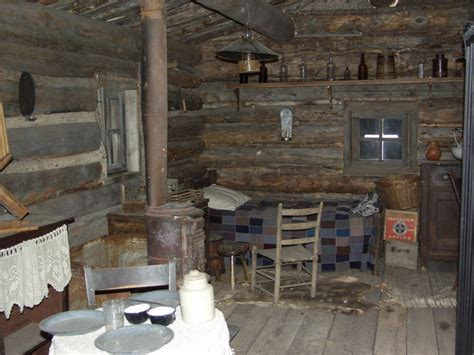 comlog cabin homes interior crowdbuild for interior 1870 cabin kentuck cycle quot tall tales