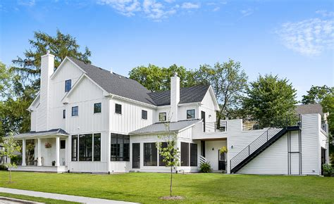 newly built board  batten modern farmhouse home bunch interior design ideas