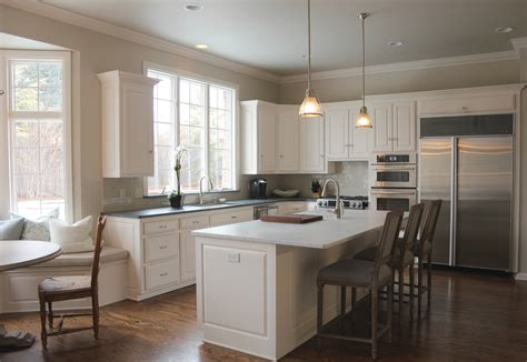revere pewter kitchen cabinets benjamin moore revere pewter and benjamin moore white dove