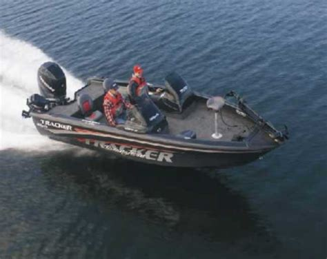 tracker tundra walleye boats for sale chase parsons s tracker boat for sale on walleyes inc www