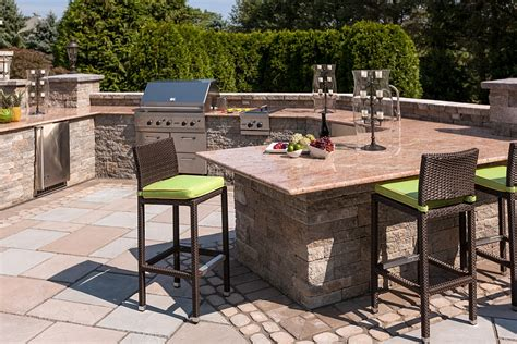 outdoor kitchen bar stools kim granatell s new jersey home gets a trendy new backyard