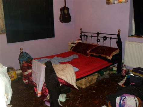 Is My Bedroom Haunted Quiz Ghost Adventures Images My Front Room And Bed Room Hd