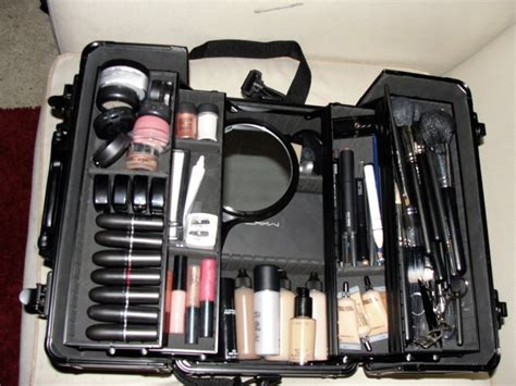 Makeup Kit Mac image detail for live makeup mac pro student