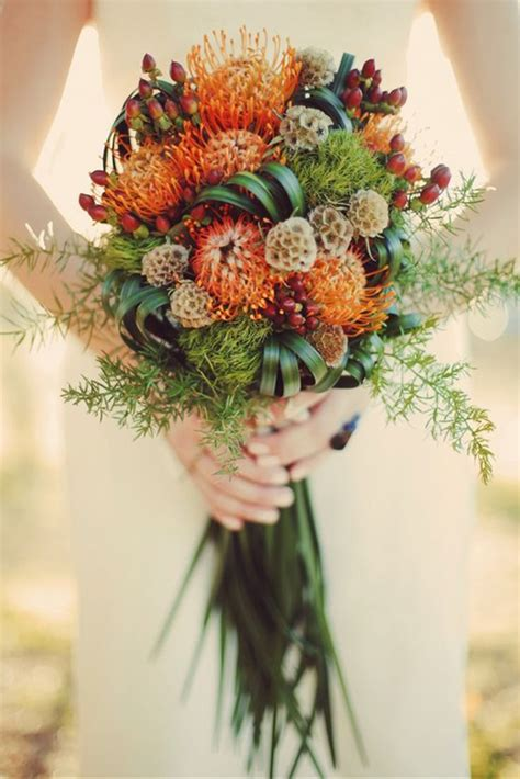 Fall Wedding Flower Pictures by 15 Beautiful Fall Wedding Bouquets Mon Cheri Bridals