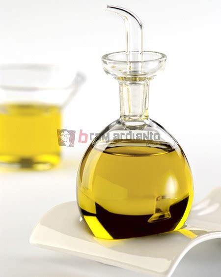 Minyak Vitamin E manfaat minyak vitamin e untuk kulit bramardianto