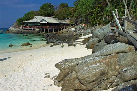 places  visit  december  tourist maker