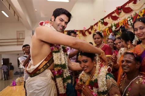 actor ganesh venkatraman family photos ganesh venkatraman and nisha krishnan wedding pictures